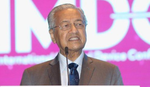 Kerajaan Tak Pinggir Kelantan, Terengganu – Mahathir