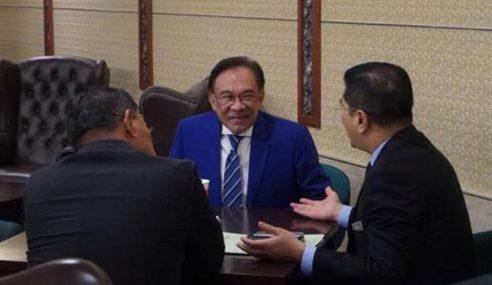 Perjanjian Alih Kuasa PM Dimeterai 7 Januari 2018 – Anwar