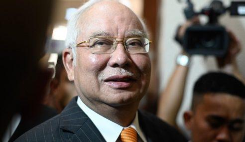 SRC: Najib Pilih Beri Keterangan Bersumpah Bela Diri