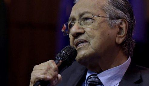 Mahathir Serah Kuasa Kepada Anwar Bukan Orang Lain