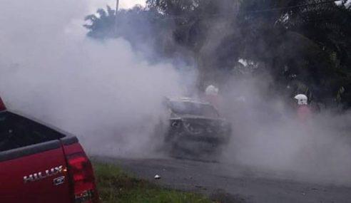 Wanita Rentung Kereta Terbakar Selepas Kemalangan