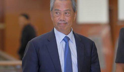 Muhyiddin Dipecat Kerana Persoal 1MDB – Ali Hamsa