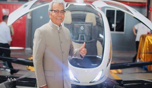 Menteri Tinjau 'Kereta Terbang' Di Subang