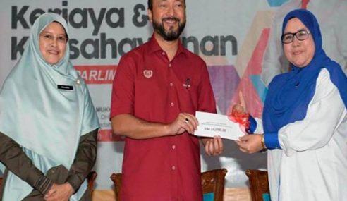 Mukhriz Puas Hati Prestasi Menteri, Timbalan Menteri