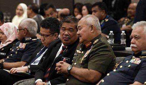 Lewat Terima Helikopter: MinDef Serah Kepada Kabinet