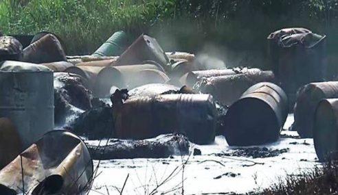 Kebakaran, Letupan Di Longgokan 270 Tong Bahan Kimia