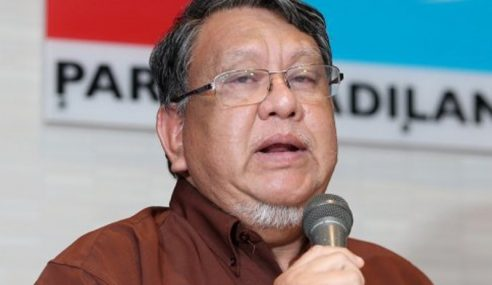 Anwar, Saifuddin Berkuasa Ubah Keputusan Pemecatan