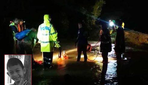 Kanak- Kanak Mangsa Pertama Banjir Di Kelantan