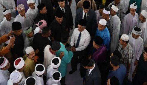 Agong Solat Jumaat Di Masjid Jamek Al-Fallah