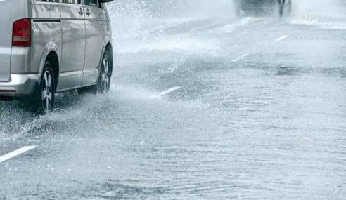 Amaran Hujan Lebat Di 3 Negeri