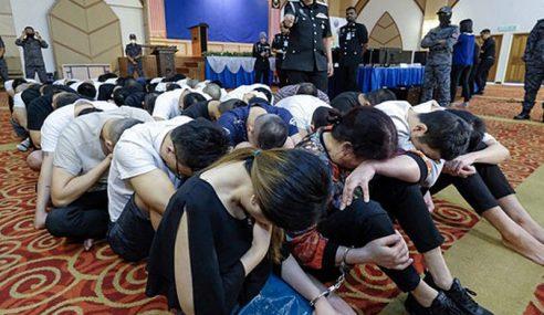 Penipuan Atas Talian Tumpas, 65 Warga China Ditahan