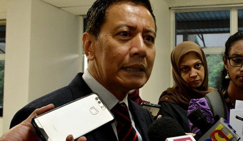 Pengerusi SPR Nafi Bincang Kes Rafizi Dengan Peguam Negara