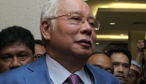 Husni Diperlakukan Sebagai 'Office Boy' Satu Komedi – Najib
