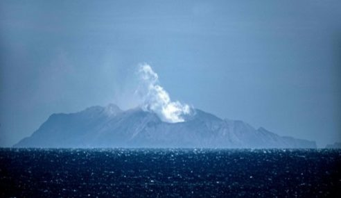 Rakyat Malaysia Parah Dalam Letupan Gunung Berapi New Zealand