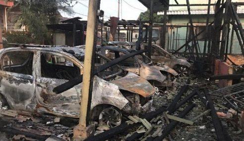 3 Sekeluarga Maut Rumah Terbakar Di Pandamaran