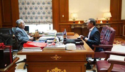 Anwar Bertemu Mahathir Sekali Lagi