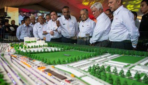 Mahathir Akan Masuk Pejabat KPM Masa Terdekat