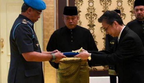 Agong Terima Watikah 5 Perwakilan Asing Ke Malaysia