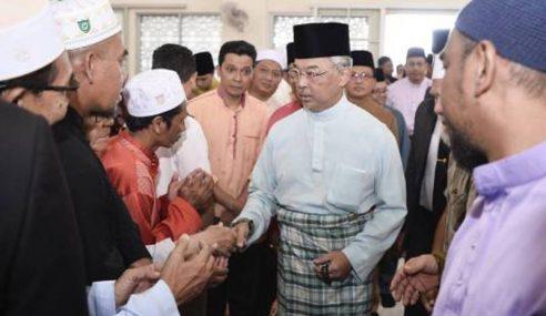 Agong Solat Jumaat Di Masjid Ar-Rahimah, Kampung Pandan
