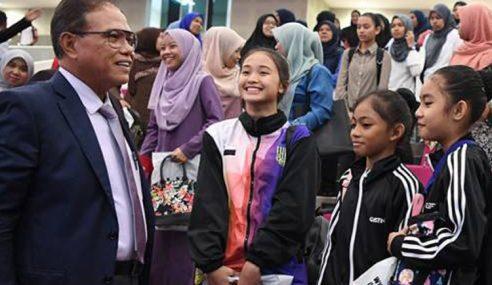 Pahang Ke Arah Atlet Pakai Patuh Syariah