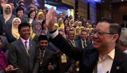 Saiz Ekonomi Bayangan Malaysia RM300 Bilion