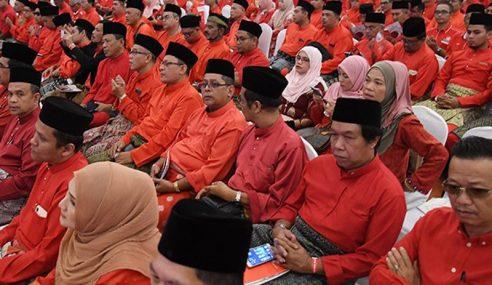 Bekas Pemimpin UMNO Boleh Bertanding Pemilihan PPBM
