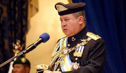 Sultan Johor Perkenan Tubuh Kerajaan Baharu