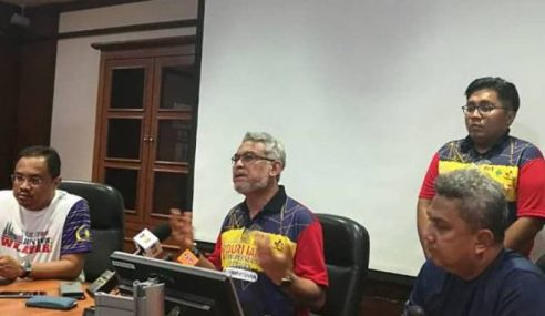 Khalid Nafi Biadab Terhadap Mahathir