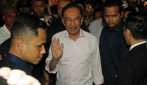 Perbincangan Dengan Mahathir Tak Lagi Berbangkit – Anwar