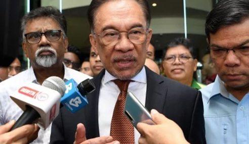 Anwar Sahkan Bertemu Mahathir Semalam