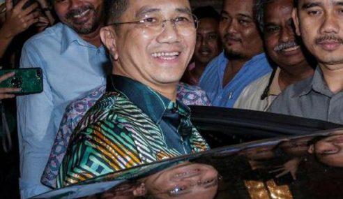 """""""Kami Mahu Gagalkan Konspirasi Jatuhkan Mahathir"""""""