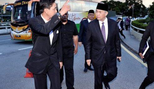 Namakan Calon PM Atau Cadang Parlimen Dibubarkan