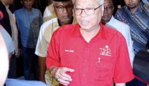 Pemimpin Kerajaan, Pembangkang Kumpul Di Hotel