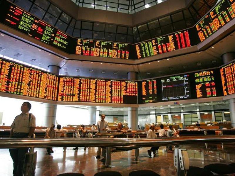 Kemelut Politik, Bursa Malaysia Dibuka Rendah