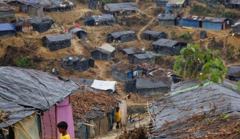 Kapal Bawa Pelarian Rohingya Ke Malaysia Terbalik, 15 Maut