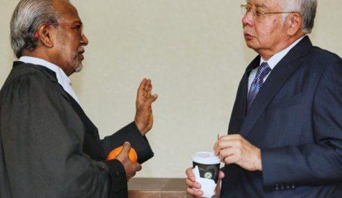 Najib Lafaz Sumpah Di Mahkamah Tinggi