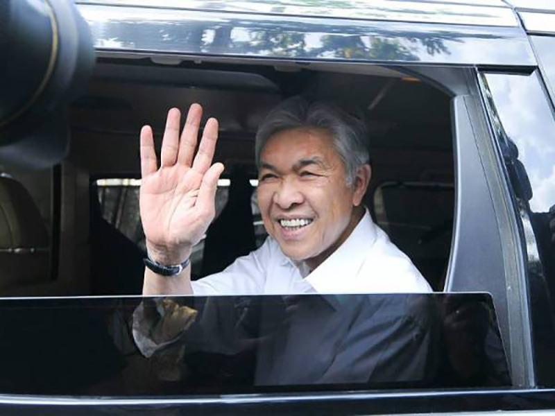 Mana Ada UMNO Lobi Jawatan TPM – Zahid