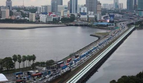 Rakyat Malaysia Bekerja Di Singapura Rayu Dibenar Ulang-Alik
