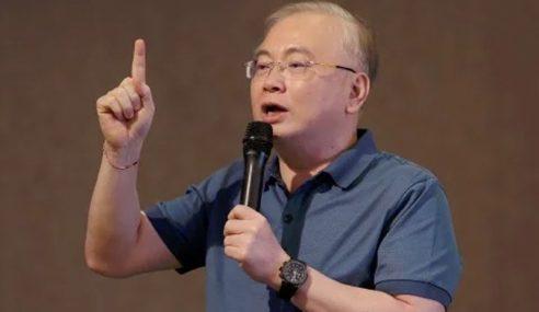 Pelantikan Kabinet Hak Mutlak PM – MCA
