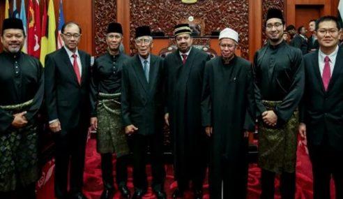 """Kami Harapkan Doa Rakyat Malaysia Untuk Bina Negara"""