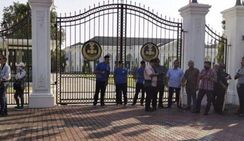 3 Pemimpin PN Perak Menghadap Sultan Nazrin