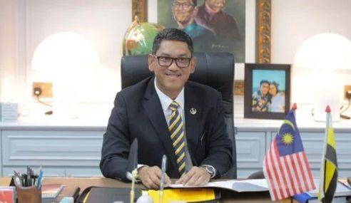 Ahmad Faizal Mula Tugas Menteri Besar Perak Ke-13
