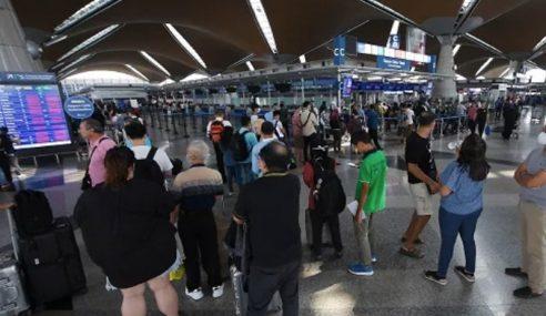 212 Rakyat Malaysia Tiba Dari Uzbekistan Malam Tadi