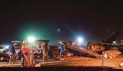 Pesawat Meletup Ketika Berlepas Dari Manila
