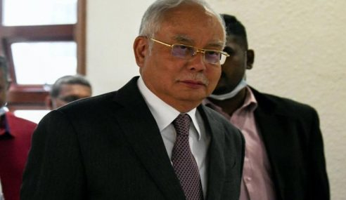 Najib Guna Afidavit Bekas AG Cabar Pelantikan Sri Ram