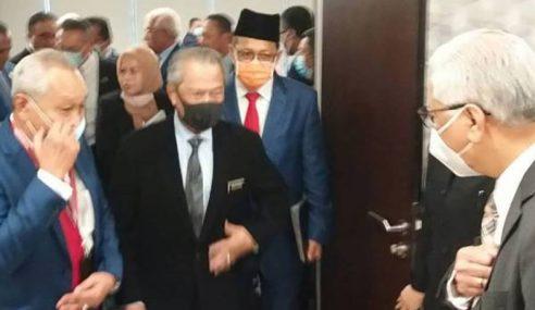 Muhyiddin Adakan Pertemuan Dengan Ahli Parlimen PN