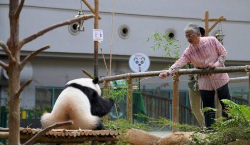 Agong Berkenan Lawat Zoo Negara
