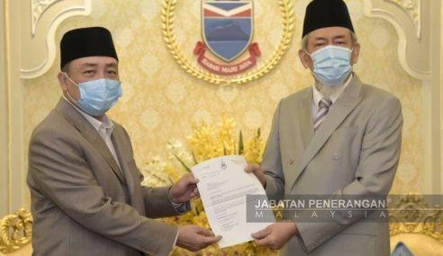Hajiji Terima Watikah Pelantikan Ketua Menteri Sabah