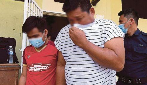 Pencemaran Sungai Gong: 2 Pekerja Kilang Direman 6 Hari