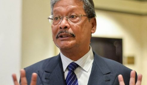 Mohamed Apandi Tuntut Ganti Rugi